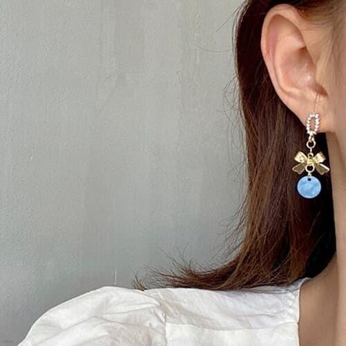 몰루 블루 리본 레이어드 패션 드롭 귀걸이