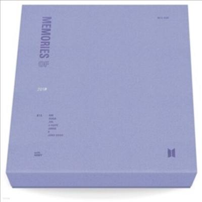 방탄소년단 (BTS) - Memories Of 2018 (4Blu-ray+Post Card(1종)+Sticker(1종)+Paper Photocard Frame(1종)+Photocard(랜덤 1종)(Blu-ray)(2019)