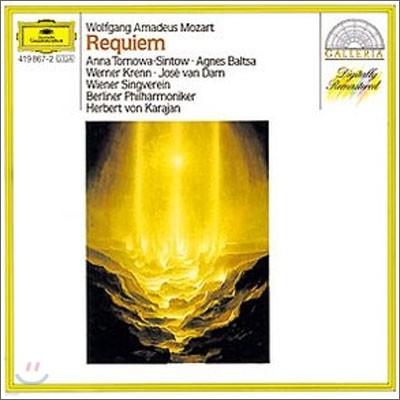 Mozart : Requiem : Karajan
