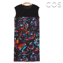 코스/Unique Graphic Dress (C62OP001)