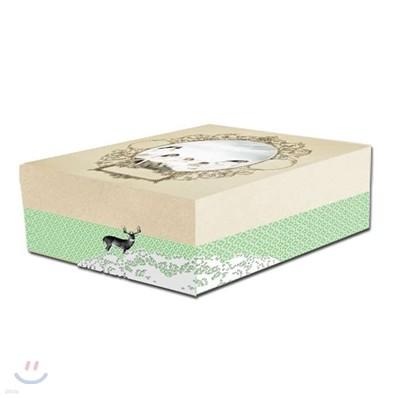 카라 2011 시즌 그리팅 카라다이스 : 다이어리+탁상달력+스티커+엽서+클리어파일 (초회한정반)