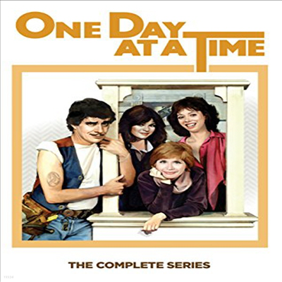 One Day At A Time: The Complete Series (원 데이 앳 어 타임)(지역코드1)(한글무자막)(DVD)