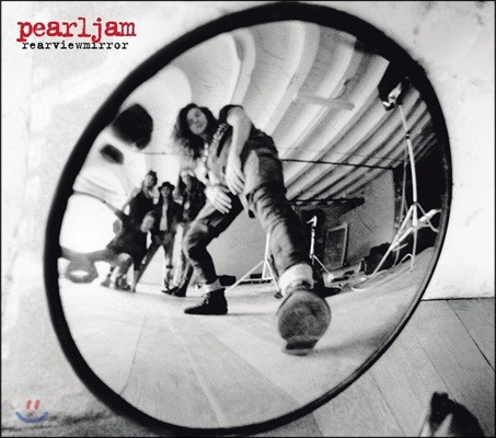 Pearl Jam (펄잼) - Rearviewmirror: Greatest Hits 1991-2003 [2017 Packaging]