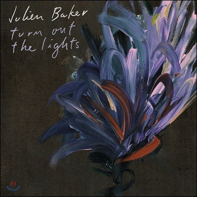 Julien Baker - Turn Out The Lights 줄리안 베이커 2집 [투명 퍼플 컬러 LP]