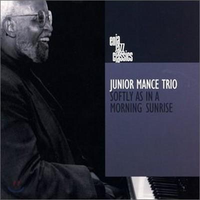 Junior Mance Trio - Softly As In A Morning Sunrise