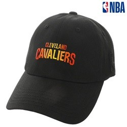 [NBA]CHI BULLS 팀 그라데이션 자수 SOFT CURVED CAP(N185AP040P)