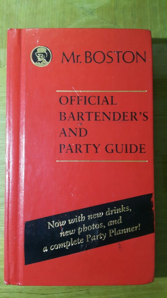Mr. BOSTON. Official Bartender's and Party Guide.  Warner Books Cooking.  칵테일. 파티가이드