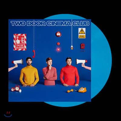 Two Door Cinema Club (투 도어 시네마 클럽) - 4집 False Alarm [블루 컬러 LP]