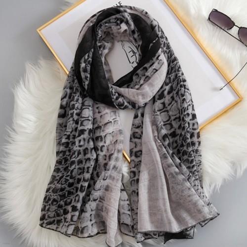 에리어 여성 호피무늬 롱 스카프