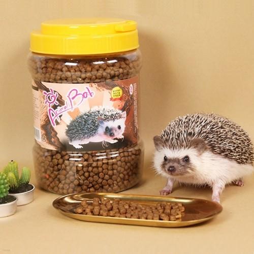 고슴도치 먹이 사료 밥 간식 [건조밀웜 듬뿍! 갓샵 고슴도치키우기 용품]