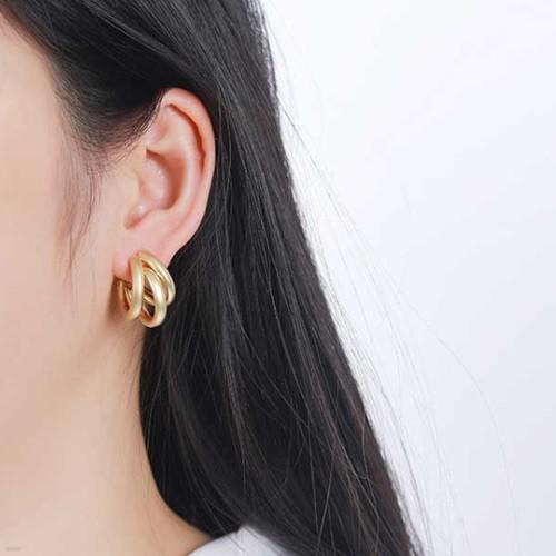 로스 골드 여성 귀걸이