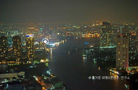 버티고&문바방콩 반얀트리 호텔 60층에 위치!