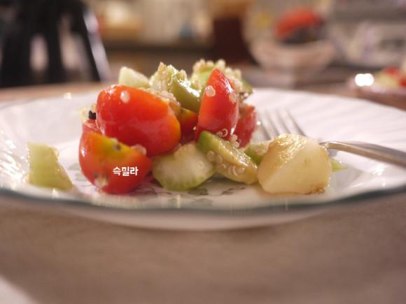 어느 무척이나 더웠던 여름밤에..더워서 식욕이 없다는 우리들은밥이 되는 퀴노아 샐러드