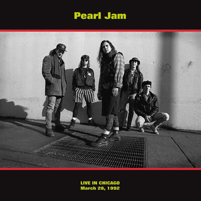 Pearl Jam (펄 잼) - Live In Chicago : March 28, 1992 [레드 컬러 LP]
