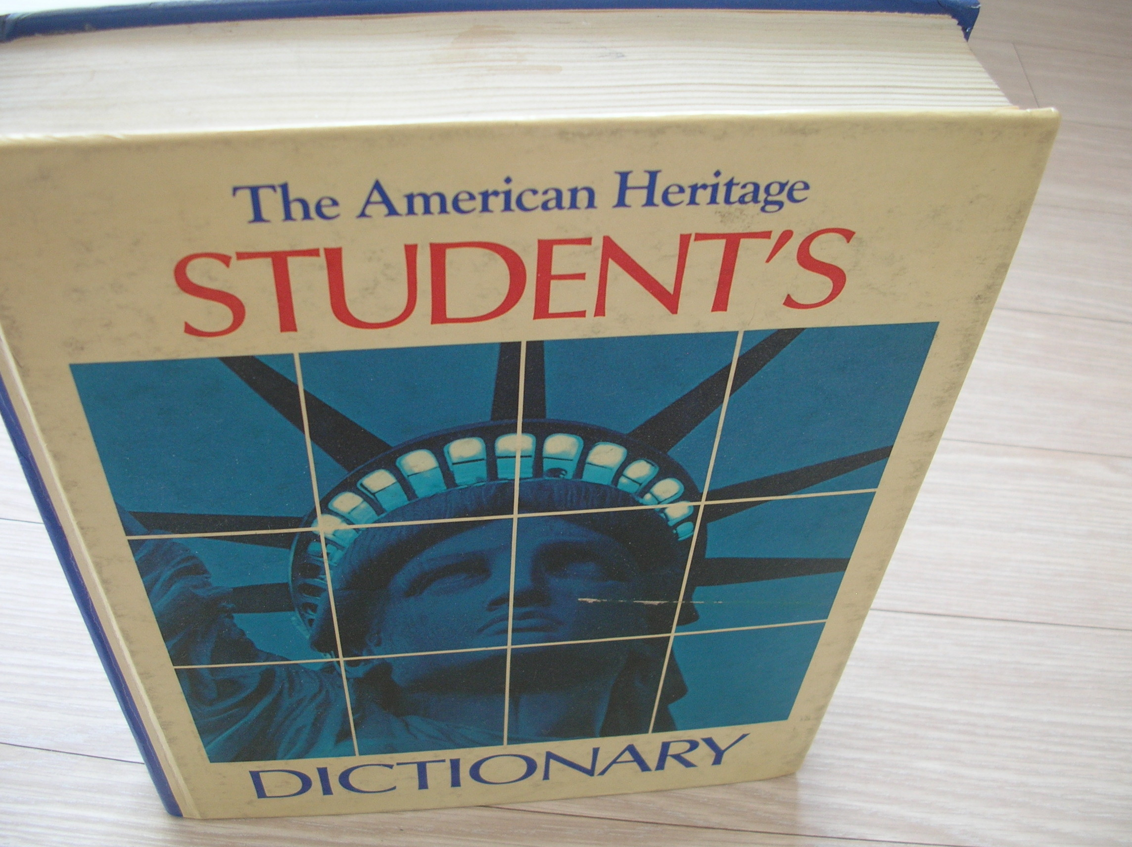The American Heritage STUDENT'S DICTIONARY