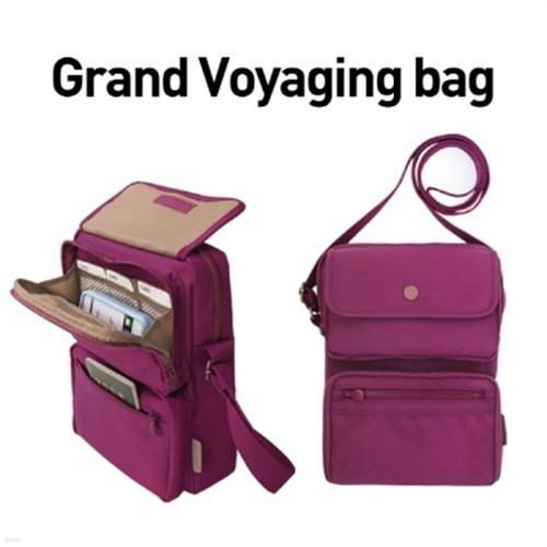 Grand Voyaging bag
