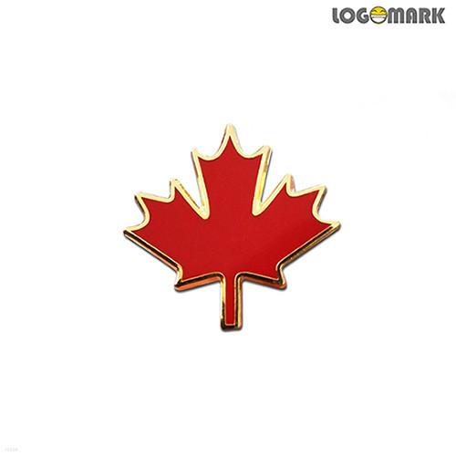 캐나다 단풍잎 뺏지