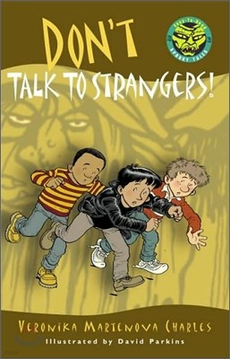 Easy to Read Spooky Tales : Don't Talk to Strangers!