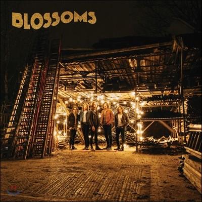 Blossoms (블로섬즈) - Blossoms