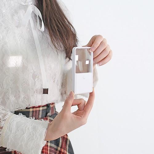휴대용 카드타입 비구면렌즈 LED독서등 돋보기 ...