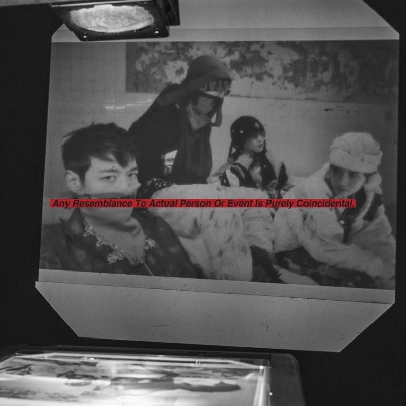 샤이니 (SHINee) 7집 - Don't Call Me [PhotoBook ver.] [Fake Reality/Reality Ver. 중 랜덤발송]