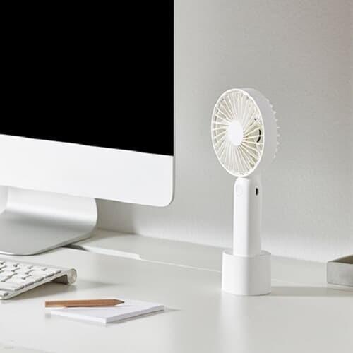 1+1 심플 디자인 핸디 미니선풍기