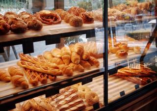 [윤가은의 나만 좋아할 수도 있지만] 좋은 빵 나쁜 빵 이상한 빵 | YES24 채널예스