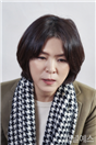 http://image.yes24.com/images/chyes24/영/주/-/셀/영주-셀렉-3컷-(2).jpg