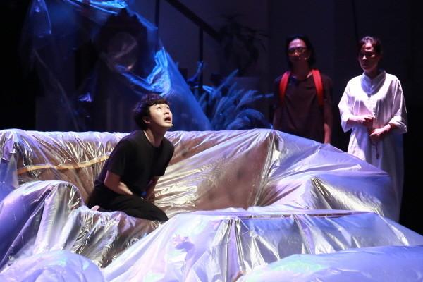 예스24_소설의 밤 (1)_연극 종의 기원.jpg