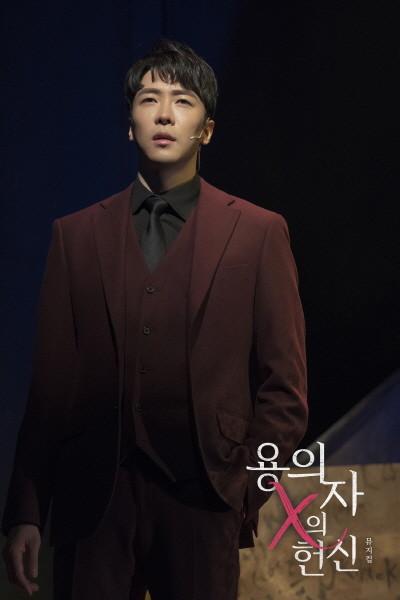 뮤지컬 용의자 X의 헌신 공연 사진 (에녹)(2).jpg