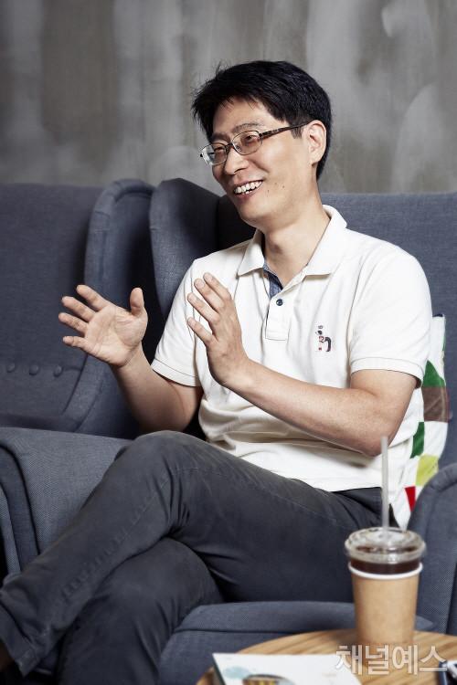 차현호-셀렉-3컷-(1).jpg