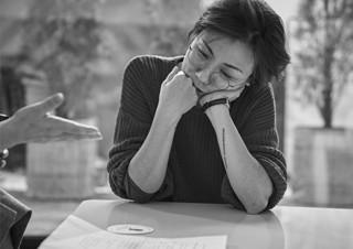 [손희정의 더 페이보릿] 읽어내기를 유혹하는 영화 ? 김초희 감독 | YES24 채널예스