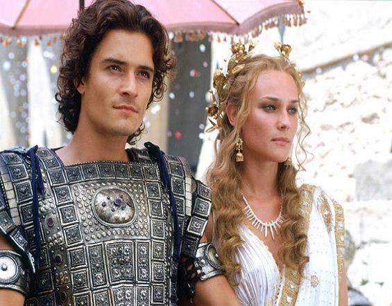 영화 <트로이>, 파리스가 헬레나를 스파르타에서 몰래 빼내 자신의 나라인 트로이로 돌아오는 모습