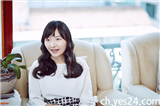http://image.yes24.com/images/chyes24/1/5/0/9/150907-이정일_IMG_4016.jpg