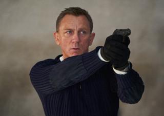 <007 노 타임 투 다이> 다니엘 크레이그의 제임스 본드와 헤어져야 할 시간 | YES24 채널예스