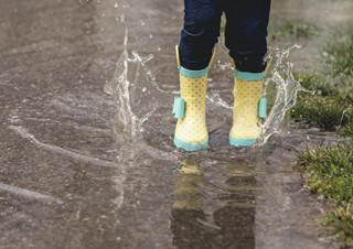 [나도, 에세이스트] 5월 대상 - 비 오던 날을 기억해? | YES24 채널예스