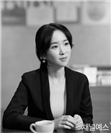 http://image.yes24.com/images/chyes24/장/류/진/-/장류진-갤러리용-(2).jpg