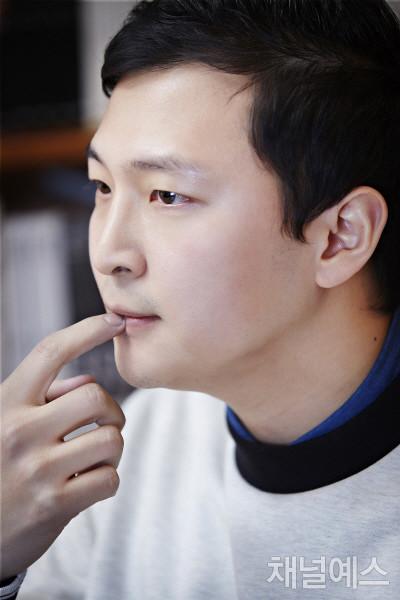 박성호-셀렉-3컷-(3).jpg