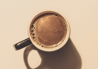 커피를 마시지 않는다 | YES24 채널예스
