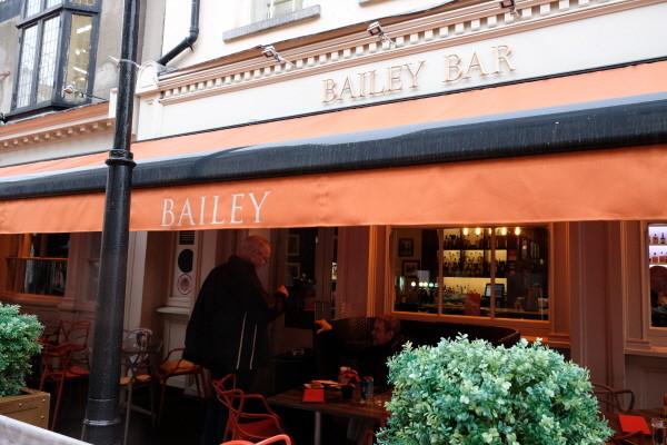 p.117_1_bailey bar.JPG