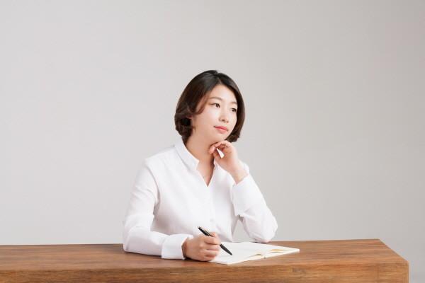 정혜윤_프로필_2.jpg