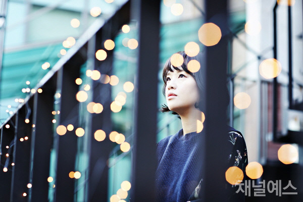 정한아-셀렉-3컷-(2).jpg