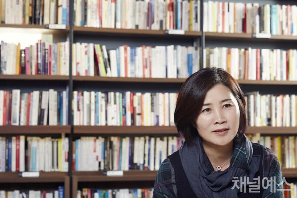 김선영-셀렉-3컷-(1).jpg