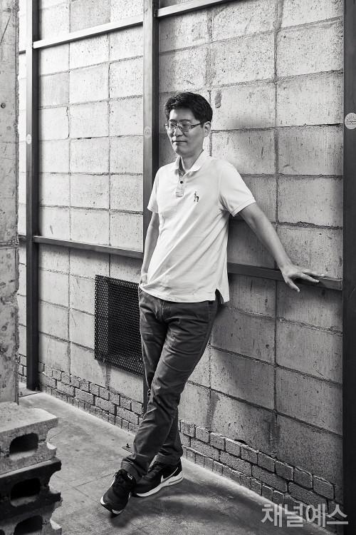 차현호-셀렉-3컷-(2).jpg