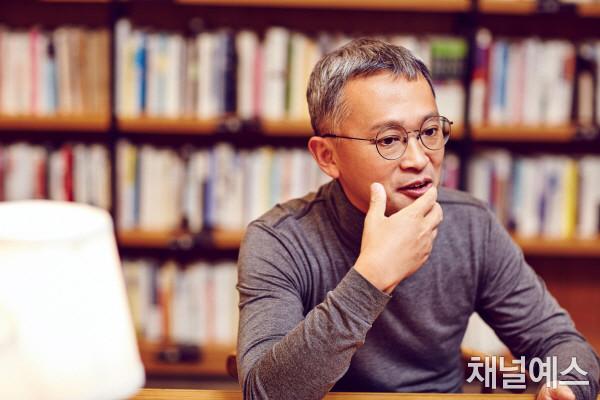 김민식 셀렉 3컷 (3).jpg