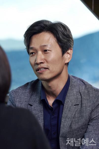오승원-셀렉-3컷-(3).jpg