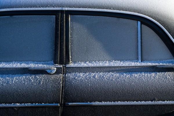 4회 그림3(눈과자동차).jpg