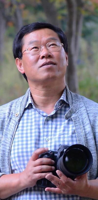 김성호 교수님 프로필.jpg