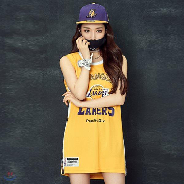 [NBA]LAL LAKERS 스팽글장식 스윙맨 슬리브리스 티셔츠(N182TS751P)