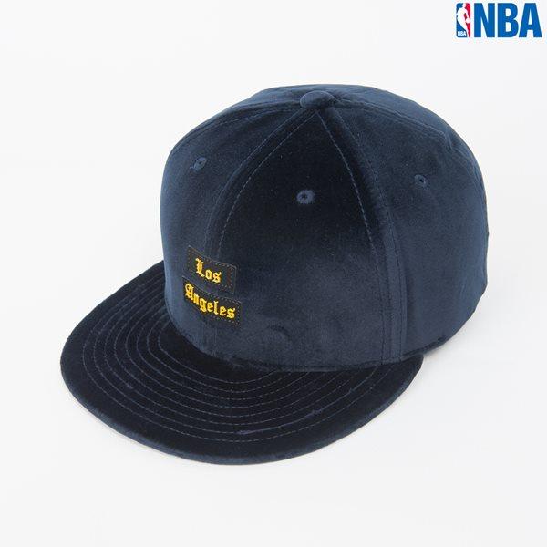[NBA]CHI BULLS 레터링 벨벳원단 HYFLAT CAP (N164AP642P)
